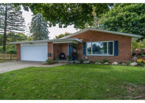 429  Luce Ave,  Flushing, MI 48433 by Piper Realty Company $127,000