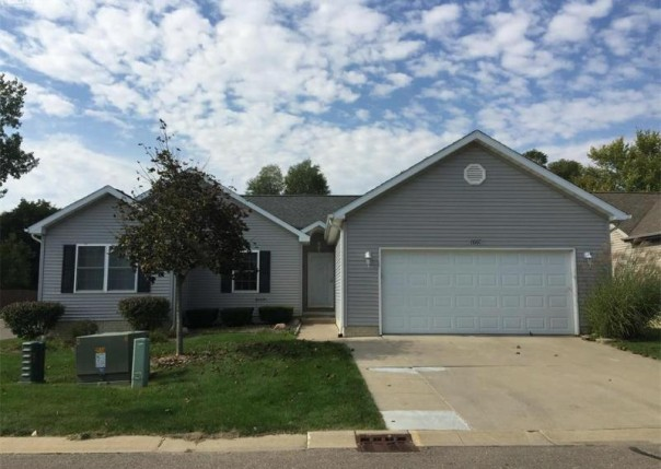 6007 Creekside Drive Swartz Creek, MI 48473 by Remax Platinum Fenton $139,900