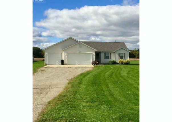 8194  Duffield Rd,  Gaines, MI 48436 by Remax Platinum Fenton $184,900