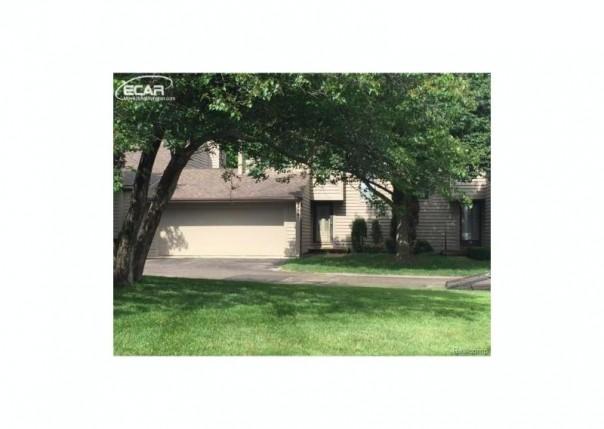 2416  Tanbark Oak Dr,  Flint, MI 48532 by Berkshire Hathaway Homeservices Michigan Real Esta $119,000