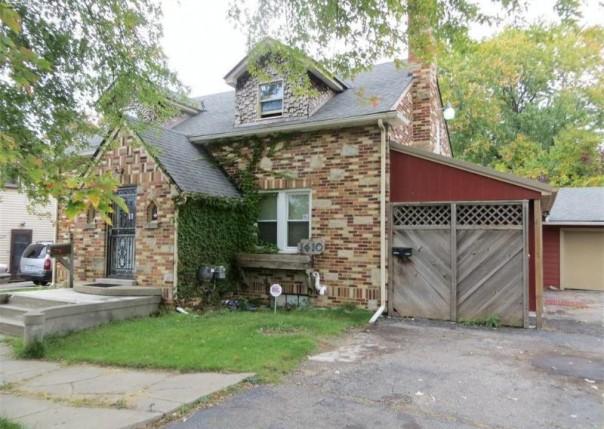 1410 W Atherton Rd,  Flint, MI 48507 by Century 21 Metro Brokers $39,700