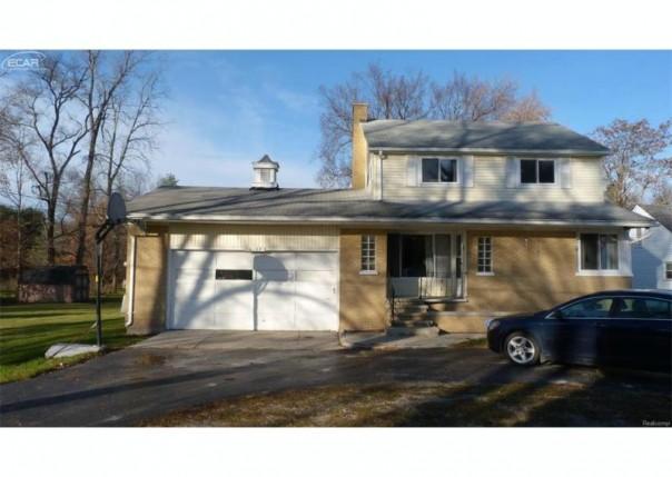 10157 E Stanley Rd,  Davison, MI 48423 by Crown Real Estate Group $119,700
