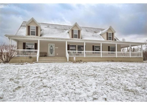 11340  Breckenridge Dr,  Davison, MI 48423 by Remax Real Estate Team $212,000