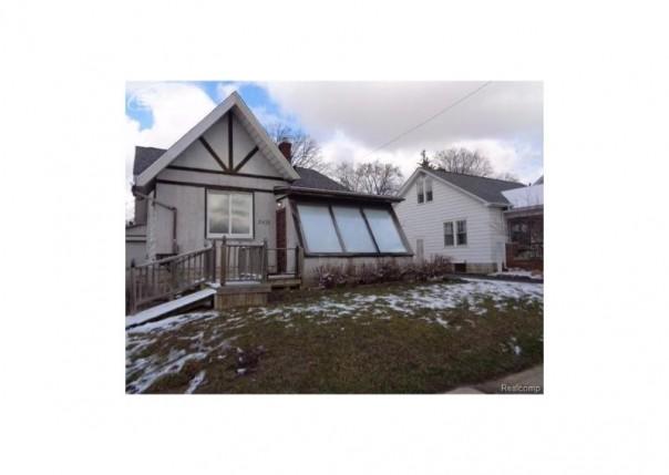 2412  Bagley St,  Flint, MI 48504 by Remax Right Choice $17,500