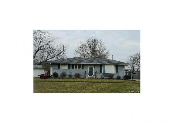 5217  Seymour Rd,  Swartz Creek, MI 48473 by Remax Platinum Fenton $110,000
