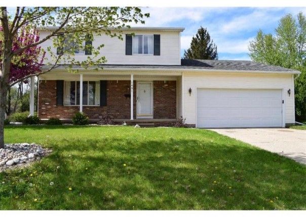 1431  Hilltop Dr,  Grand Blanc, MI 48439 by Real Living Tremaine Real Estate.com $135,000
