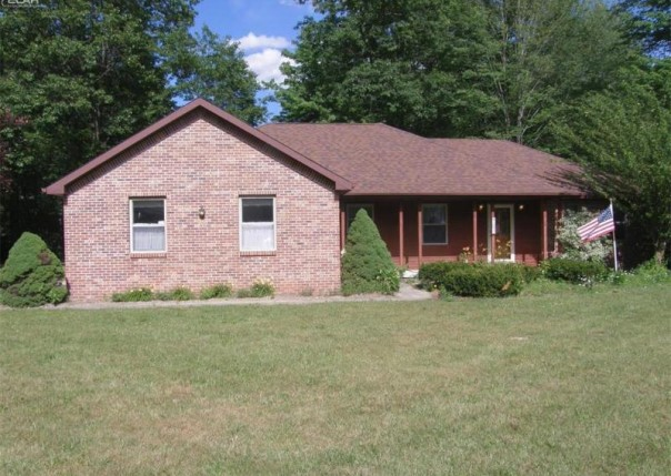 1001  Flint St,  Saint Charles, MI 48655 by Remax Tri County $157,500