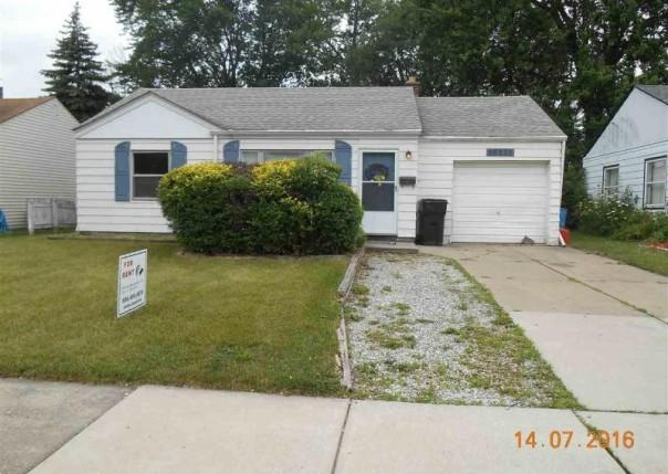 26525 Kathy Roseville, MI 48066 by Unity Real Estate $800