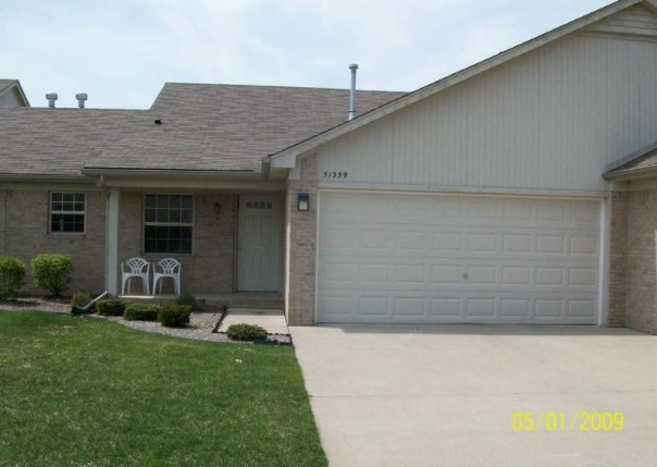 51359 Janee Circle Chesterfield, MI 48051 by Unity Real Estate $975