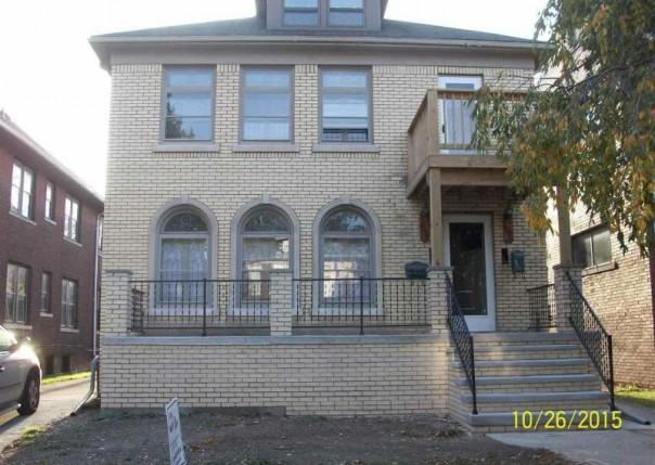 1059 Beaconsfield,  Grosse Pointe Park, MI 48230-1346 by Unity Real Estate $1,000