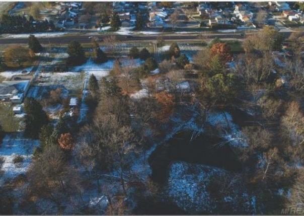 39400 Utica, Sterling Heights, MI, 48313