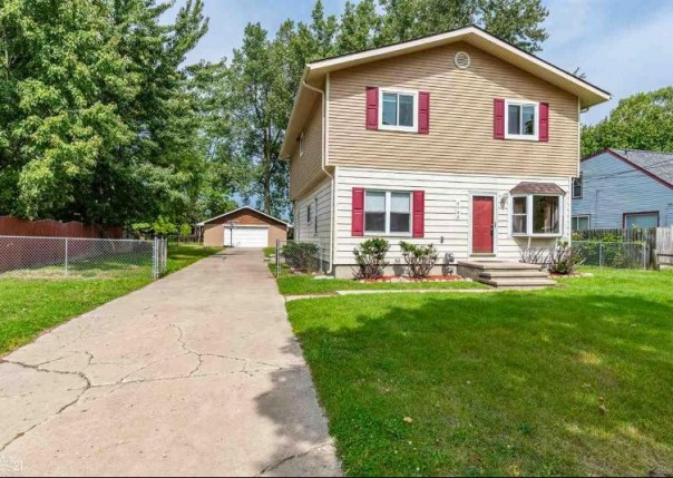 4943 Northlawn Dr, Sterling Heights, MI, 48310
