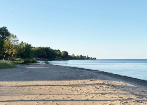 1175 Lakeside Dr., Port Sanilac, MI, 48469