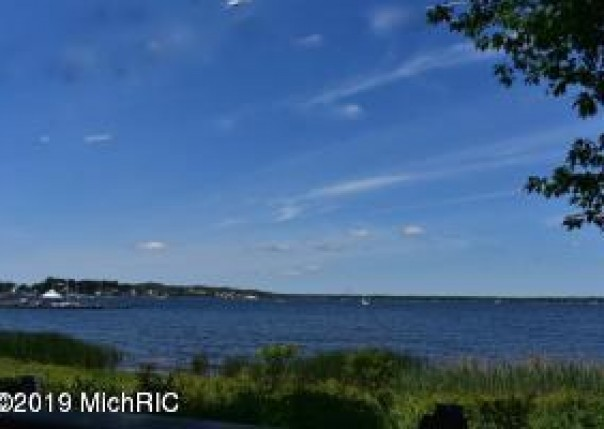 1259 Lakeshore, Muskegon, MI, 49441