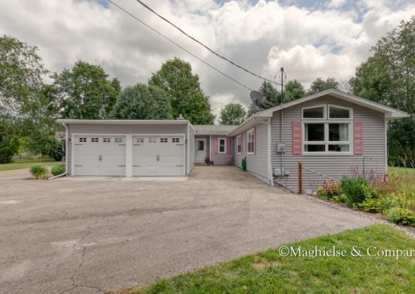 8280 Cannonsburg Rd, Ada, MI, 49301