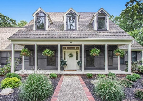 1854 Sterling Oaks, Ada, MI, 49301