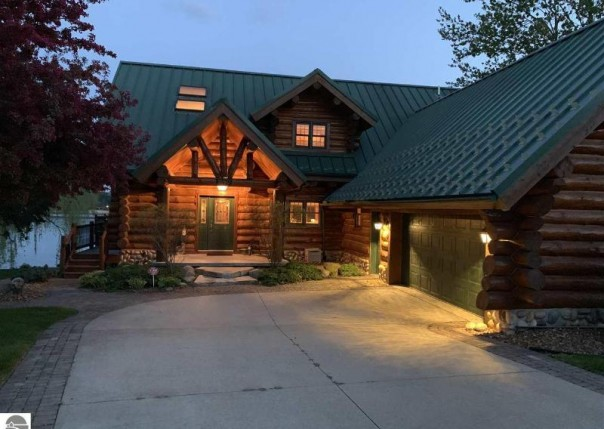 1580 Arrowhead Trail, West Branch, MI, 48661