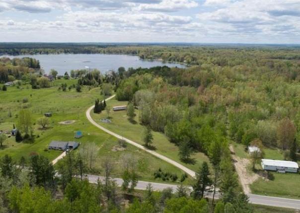 2879 Leclair Trail, Hale, MI, 48739
