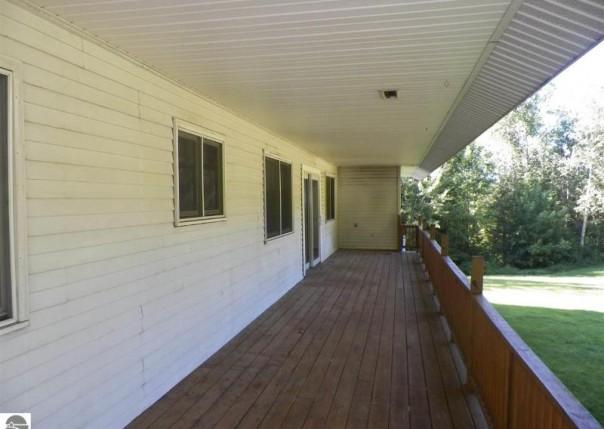 21533 Mackinac Trail, Tustin, MI, 49688