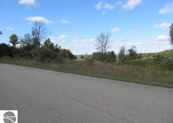 7639 Saddle Ridge Drive, Grawn, MI, 49637