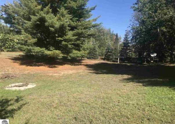1590 Green Lawn, Grawn, MI, 49637