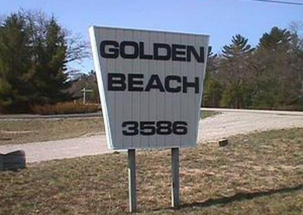 3586 N. U.S.23 Oscoda, MI 48750 by Real Estate One $279,000