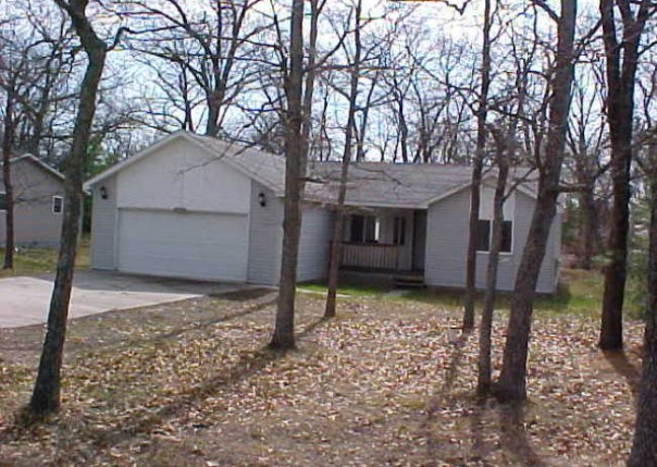 1730 Iroquois Trail National City, MI 48750 by Real Estate One $99,900