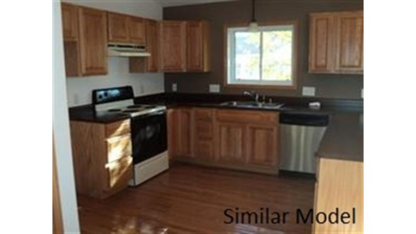 L13 Thomas Pl Arena, WI 53503 by Century 21 Affiliated Roessler $190,000