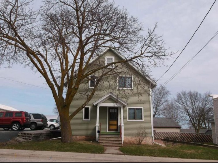 215 N Liberty St, Valders, WI by Pleasant View Realty, Llc $85,000