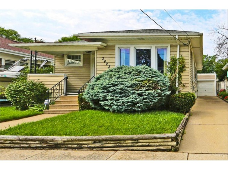 3422 Haven Ave, Racine, WI by Re/Max Newport Elite $89,900