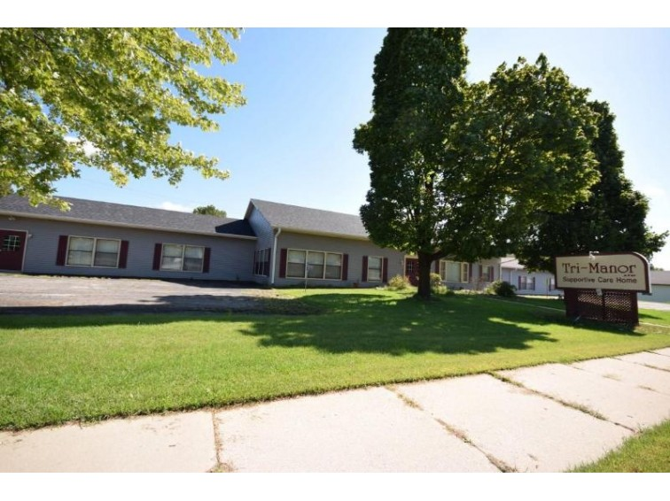 1937 N Main St, West Bend, WI by Emmer Real Estate Group $349,900