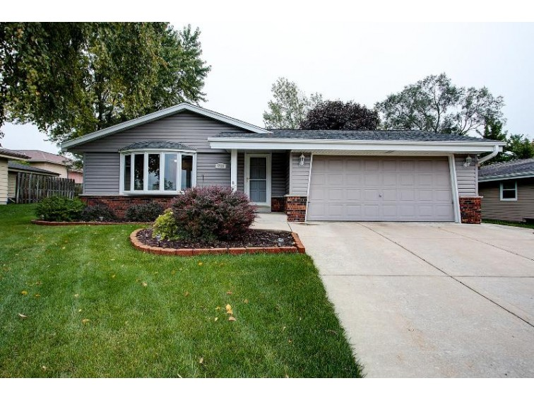 4728 S 47th St, Milwaukee, WI by Dream Realty Llc $240,000