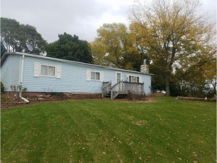 N5110 Christberg Rd, Jefferson, WI by Coldwell Banker Homesale Realty - New Berlin $169,900