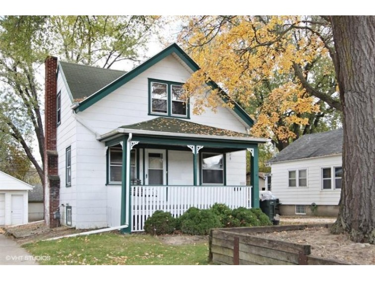 1020 S 89th St, West Allis, WI by Coldwell Banker Residential Brokerage $104,500