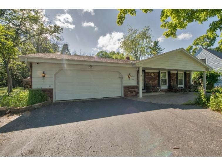 9561 S Nicholson Rd, Oak Creek, WI by Coldwell Banker Residential Brokerage $244,900