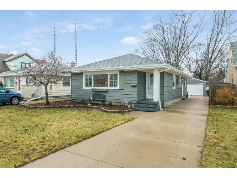 2810 23rd Ave, Kenosha, WI by Berkshire Hathaway Home Services Epic Real Estate $189,900