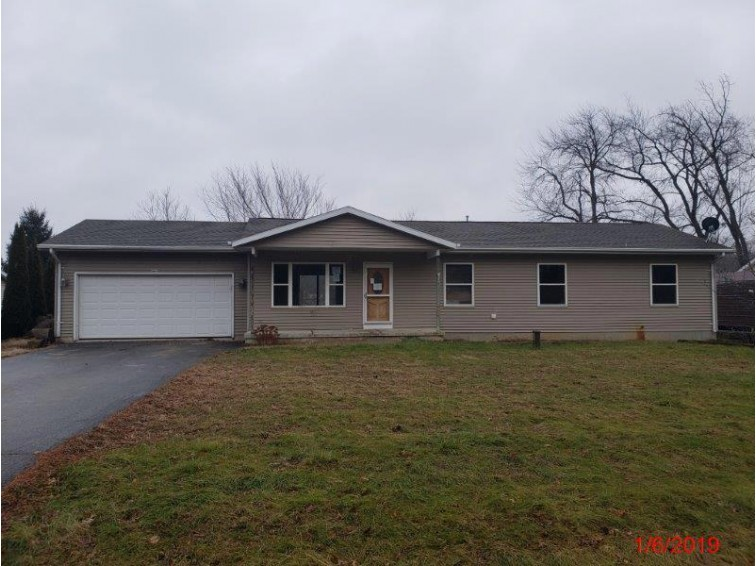9429 400th Ave, Genoa City, WI by Real Estate Professionals $139,000