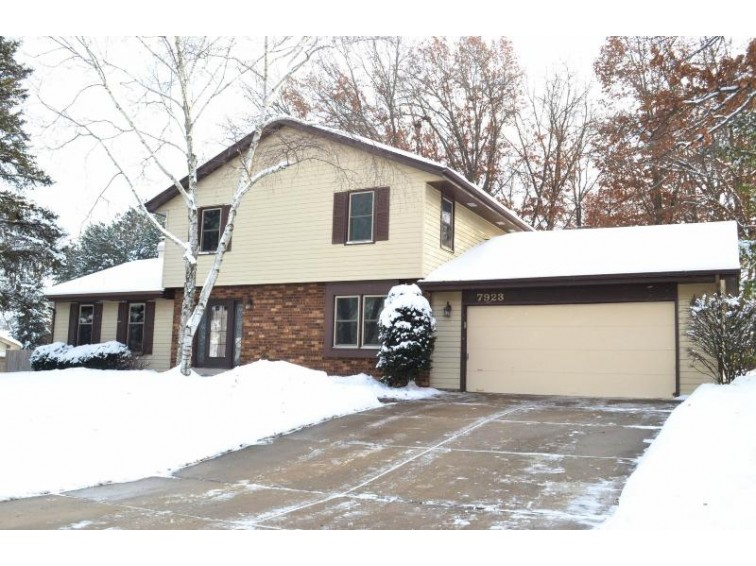 7923 W Beacon Hill Dr, Franklin, WI by Closing Time Realty, Llc $319,900