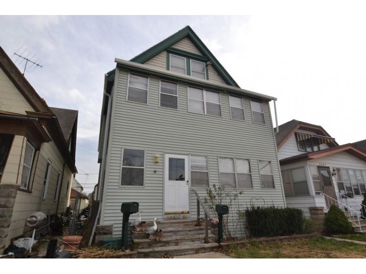 2640 S 31st St 2642, Milwaukee, WI by Shorewest Realtors, Inc. $99,800