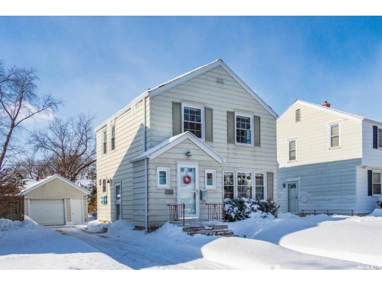 4773 N Diversey Blvd, Whitefish Bay, WI by Keller Williams Realty-Milwaukee North Shore $279,900