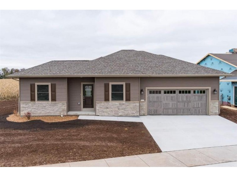3915 Hemlock Court, Oshkosh, WI by First Weber Real Estate $269,900