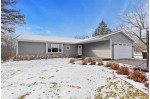 1375 S Bluemound Drive Appleton, WI 54914-4147 by Keller Williams Fox Cities $299,900
