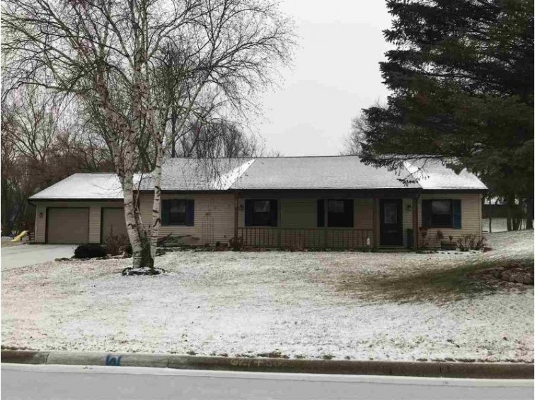 1109 Clementine Road, Green Bay, WI by Coldwell Banker The Real Estate Group $169,900