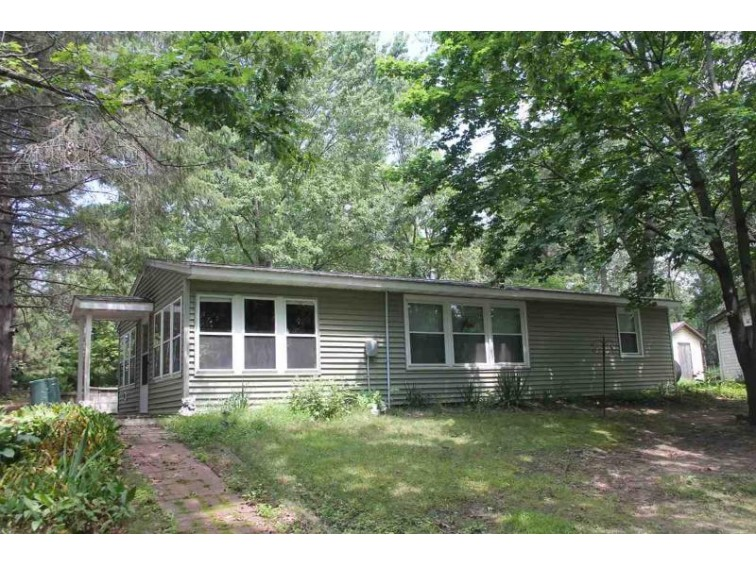 338 Freedom Rd Oxford, WI 53952 by First Weber Real Estate $97,500