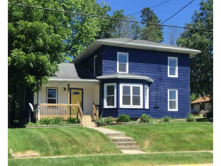 701 Blaine St, Edgerton, WI by Best Realty Of Edgerton $169,900