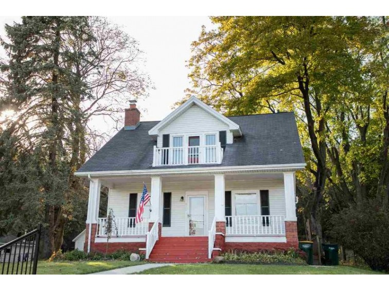 377 S Main St, Cottage Grove, WI by Free Agent Realty $249,900