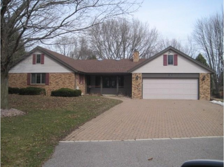 1003 George Drive, Marshfield, WI by Coldwell Banker Brenizer $229,900