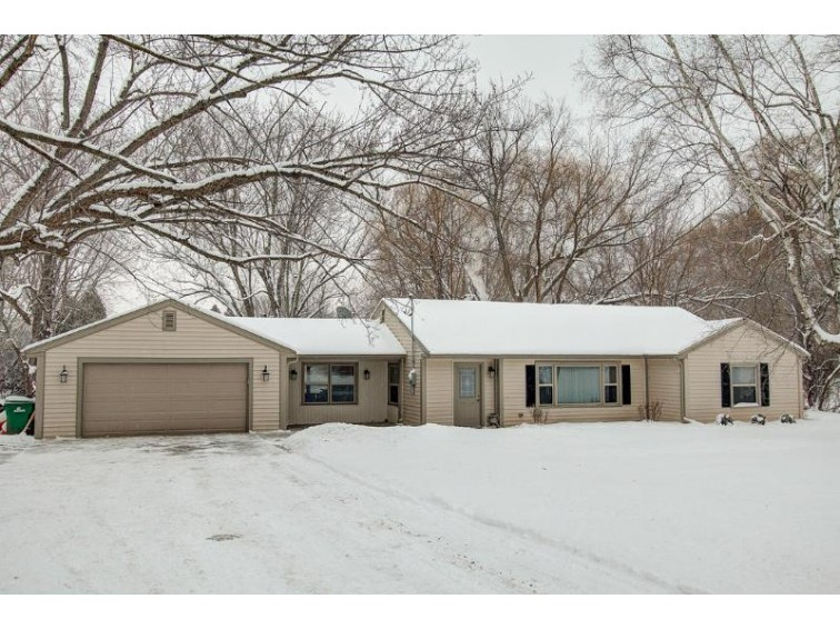 W257S2738 Genesee Rd, Waukesha, WI by Keller Williams Realty-Milwaukee Southwest $229,000