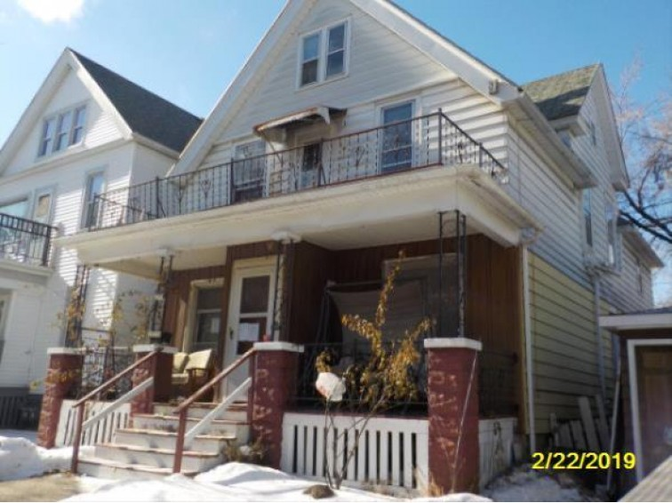 2913 S 15th St, Milwaukee, WI by Realty Executives Integrity~northshore $74,900