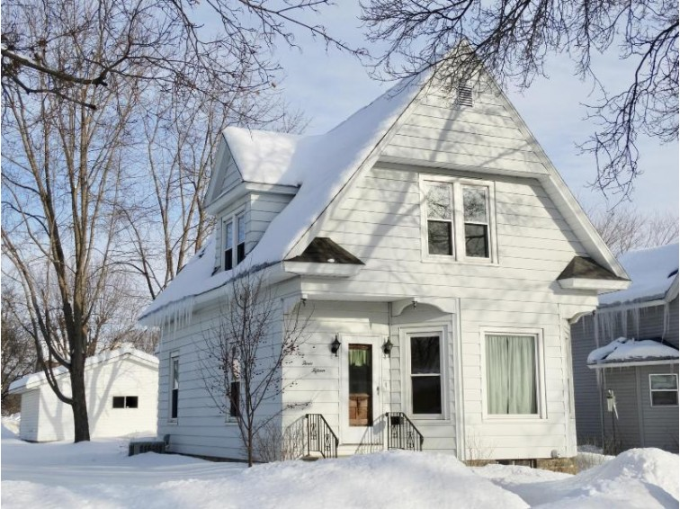 315 S L St, Sparta, WI by Berkshire Hathaway Homeservices  North Properties $129,900